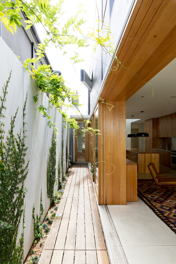 Bondi-House-Fearns-Studio-13-1-Kindesign